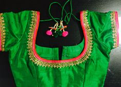 Raw silk blouse with thread and kundan h-wrk! Saree Blouse Patterns, Designer Blouse Patterns, Saree Blouse Designs, Blouse Styles, Maggam Work Designs, Indian Blouse, Blouse Models, Work Blouse, Clothes For Women