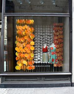 Guirlandes plafond Our Summer 2011 Windows, Pt II by anthropologie+you, via Flickr