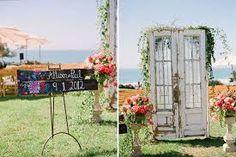 Resultado de imagen para puerta en madera reciclada matrimonio