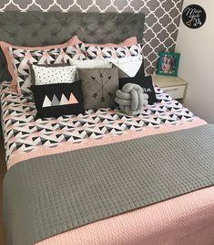Grey Bedroom Decor, Teen Room Decor, Room Ideas Bedroom, Girl Bedroom Designs, Girls Bedroom, Pink Room, Dream Home Design, Decoration, Home Decor