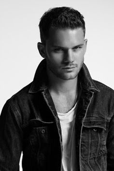 Jeremy Irvine photographed by Randall Mesdon for At Large Magazine. Jeremy wears denim jacket and cotton t-shirt Rag & Bone Jeremy Irvine, Beautiful Boys, Gorgeous Men, Bad Boys, Immortals After Dark, Derek Hale, Its A Mans World, Actor Model, Cute Guys
