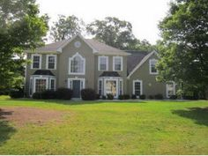 I think I want to retire in Georgia when a house like this is $120,000 on .5 to 1 acre!