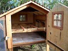 Building A DIY Chicken Coop If you've never had a flock of chickens and are considering it, then you might actually enjoy the process. It can be a lot of fun to raise chickens but good planning ahead of building your chicken coop w Chicken Coop Designs, Small Chicken Coops, Easy Chicken Coop, Portable Chicken Coop, Backyard Chicken Coops, Chickens Backyard, Backyard Coop, Inside Chicken Coop, A Frame Chicken Coop