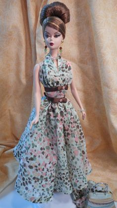 Silkstone Barbie   Clothes by Mary ~ Original design & pattern by 'fanfare1901'   15 April 2015 (SOLD for $95)