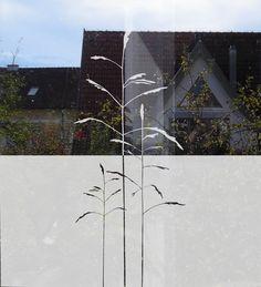 Fensteraufkleber aus Glasdekorfolie schauen schön aus am Fenster und sind gleichzeitig ein praktischer Sichtschutz. Sie sind blickdicht und halten ... Single Line Tattoo, Line Tattoos, Bathroom Furniture, Wind Turbine, Windows, Design, Interior, Glass Display Case, Washroom