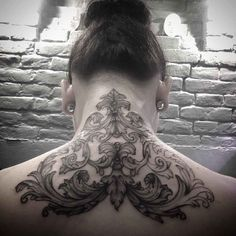Back of neck tattoos for women, back tattoo women, cool tattoos, back Trendy Tattoos, Sexy Tattoos, Unique Tattoos, Beautiful Tattoos, Body Art Tattoos, Hand Tattoos, Girl Tattoos, Tattoos For Guys, Full Body Tattoo