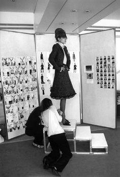Ferdinando Scianna 2002, Chanel atelier