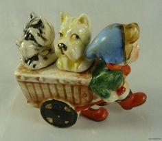 Vintage Art Pottery Scotty Dog in Cart Girl Salt & Pepper Shaker Set Japan Salt N Pepper, Salt Pepper Shakers, Vintage Toys, Vintage Art, Vintage Stuff, Vintage Pottery, Pottery Art, Displaying Collections, Shake Shake