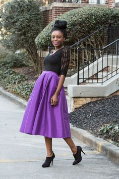 A feminine midi skirt is the perfect statement piece for making a lasting impression. #glamazonootd #ootd #style #fashion #fashionblogger #purple #black #midiskirt #glamspiration #glamazonsblog