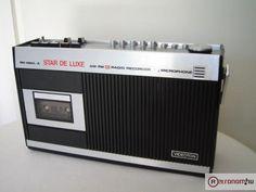 kazettás magnó, a nagybátyámnak volt ilyen. Radios, Cassette Recorder, Hungary, Budapest, Childhood Memories, Ohio, Retro Vintage, Heather Thomas, Hardware