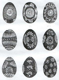 vasku marginti kiausiniai Easter eggs - margučiai - comprise a special type of Lithuanian folk art. Egg Crafts, Easter Crafts, Line Design Pattern, Polish Easter, Easter Egg Pattern, Greek Easter, Easter Egg Designs, Ukrainian Easter Eggs, Easter Traditions