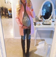 Look de Grossesse: Pretty in Pink! Second Hand Maternity Clothes, Maternity Clothes Online, Pregnancy Looks, Pregnancy Outfits, Winter Pregnancy, Pregnancy Clothes, Pregnancy Style, Pregnancy Fashion, Baby Bump Style