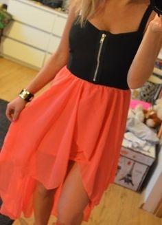 Kup mój przedmiot na #vintedpl http://www.vinted.pl/damska-odziez/krotkie-sukienki/9289399-sukienka-z-ogonem-zip