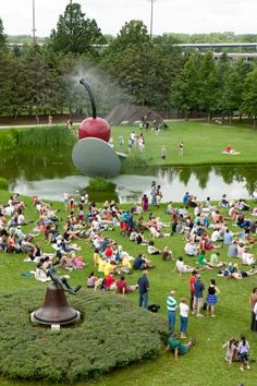 Spoonbridge and Cherry isn't my favorite thing there - but I do love the sculpture garden. Minneapolis Sculpture Garden, Fun Places For Kids, Minnesota Home, Mini Apple, Summer Activities For Kids, Field Trips, I Want To Travel, Twin Cities