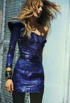 5b59464beb51 cobalt sequin & black Divatmodellek, Parti, Outfit, Aranyos Ruhák,  Miniruhák, Nőies