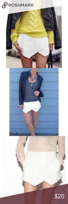 Zara skort Zara white skort size small Zara Shorts Skorts