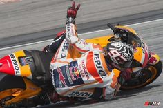 MotoGP: Marquez, l'acchiappa test. Ci prova Lorenzo.