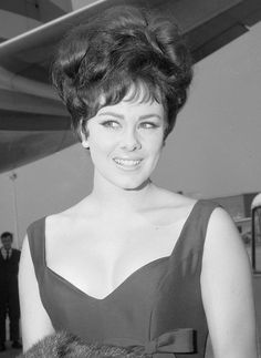 Ann Sidney is a British actress, TV Host and beauty queen who won the 1964 Miss World contest representing the United Miss World, Gorgeous Women, Beautiful People, Megan Young, Fashion Idol, Fashion Designer, Joan Crawford, British Actresses, Beauty Queens