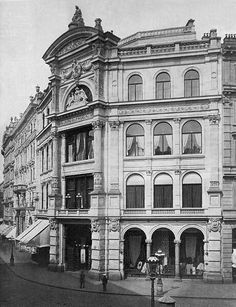 """Warehousing """"Philipp Haas & sons"""" at St. Stephans square in Vienna around 1900 Vintage Architecture, Classic Architecture, Historical Architecture, Architecture Details, Classic House Design, Vienna Austria, Beautiful Buildings, Old Pictures, Budapest"""