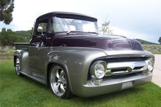 1956 FORD F-100...what a fantastic color!