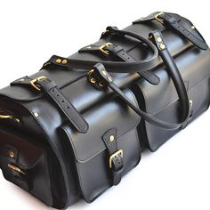 Weekender Duffle Bag – Marlondo Leather Co. Leather Duffle Bag, Duffle Bags, Leather Bag Men, Briefcase, Gym Bag, Carry On Luggage, Mens Luggage, Luggage Sizes, Travel Necessities