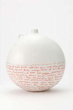 Louise Boscacci Pilgrim 2 (below my flightless feet) 2010 Porcelain, vitreous inlay, glaze H 20 W 19 D cm x 19 x cm) Ceramic Decor, Ceramic Clay, Ceramic Painting, Porcelain Ceramics, Ceramic Artists, Ceramic Bowls, Ceramic Design, Pottery Vase, Ceramic Pottery