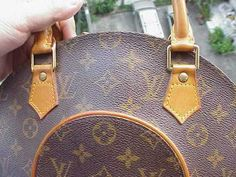 LOUIS VUITTON - Telling Fake from the Genuine 8d26df7173e5a