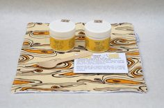 Treat your face with a calming Chamomile, Lavender & Rose Hip Take Out Facial Kit. Natural and handmade skincare for all skin types. Wonderful facial treatment for anti-aging. Made with natural, vegan and cruelty free ingredients. Includes facial mask, facial scrub, wooden spoon, and handmade wash cloth packed in a take out gift box. Wash cloth prints may vary since I make a bunch from different fabrics. Facial products are made to order by me in small batche...
