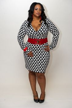 New Plus Size Black and White Geometric Long Sleeve Body Con Dress 1X, 2X, 3X available at www.chicandcurvy.com