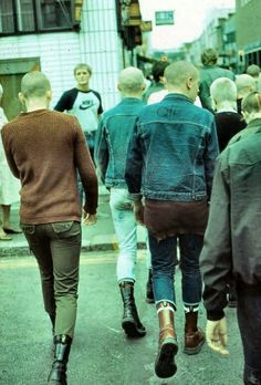 I love good coffee and good music. Skinhead Men, Skinhead Boots, Skinhead Fashion, Skinhead Style, Mod Fashion, Punk Fashion, Fashion Outfits, Mode Punk, One Step Beyond