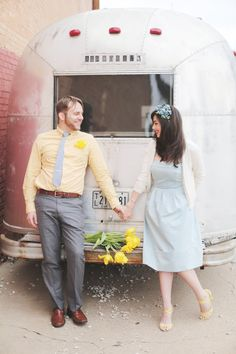#RachelEvents www.RachelEvents.com #Jetstream #camper #oldcamper #engaged #engagements #destinationweddingplanner
