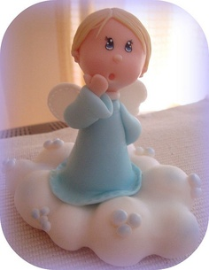 Little angel on a fluffy cloud Polymer Clay Figures, Fondant Figures, Fimo Clay, Polymer Clay Art, Christmas Topper, Polymer Clay Christmas, Clay Angel, Biscuit, Première Communion
