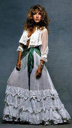 Fashion Stevie Nicks of Fleetwood Mac - St Cyr Vintage 70s Fashion, Teen Fashion, Vintage Fashion, Fashion Outfits, 70s Outfits, Vintage 70s, Fashion Tips, 00s Mode, Stevie Nicks Costume
