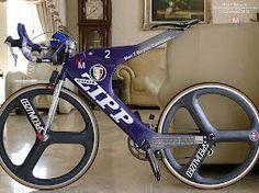 vintage triathlon bike - Google Search Cool Photos, Interesting Photos, Triathlon, Retro Bikes, River, Vintage, Google Search, Bicycles, Triathalon