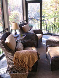 Comfy Screened Porch