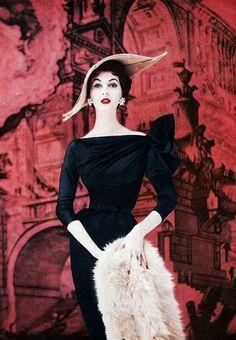 Classic Vintage 1940's Fashion #1940sfashion #1940sclothing #1940sdress
