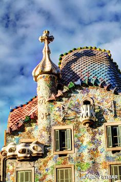Architecture old, amazing architecture, antoni gaudi, amazing buildings, mo Architecture Old, Amazing Architecture, Barcelona, Antoni Gaudi, Amazing Buildings, Most Beautiful Cities, Video Photography, Istanbul, Image Search