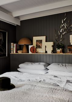 We love how interior designer Simone Haag has styled her bed minimally with Pinstripe and White linen sheets. Bed Linen Sets, Linen Sheets, Wood Panel Walls, Room Ideas Bedroom, Mid Century House, Contemporary Furniture, Interior Design, Industrial Shelving, Ceramic Sculptures