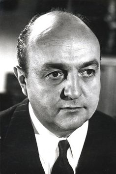 Bernard Blier (January 1916 - March French actor (o.Sans laisser d'adresse' from Star Francaise, Black And White Stars, French Movies, Actor Studio, People Of Interest, Tv, Black And White Portraits, Male Face, Star Wars