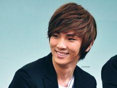 Key Look at that smile!!! <3