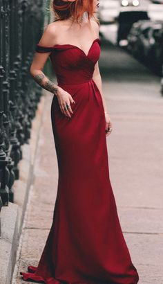 Charming Mermaid Off the Shoulder Burgundy Long Prom evening dresses prom dresses Homecoming Dresses Tight, Unique Prom Dresses, Tight Dresses, Elegant Dresses, Pretty Dresses, Beautiful Dresses, Sexy Dresses, Sexy Evening Dress, Mermaid Evening Dresses