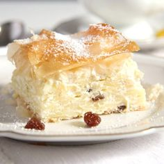 A sweet cheese pie with noodles, quark and raisins baked between layers of filo or yufka pastry.