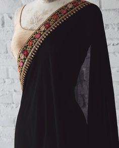 Modern Saree Click Visit link above for more details Indian Attire, Indian Wear, Indian Dresses, Indian Outfits, Modern Saree, Simple Sarees, Desi Clothes, Indian Clothes, Saree Look
