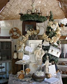 .Remember this one ****.. Lined the ceiling of the tent... W burlap - Added ruffle inside...