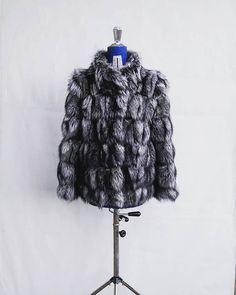 http://ift.tt/2yx2LPQ #fashion #real #fur #foxfur #new #style #designer #nyfw #fall #fall2018 #fw2018 #women #clothing #collection #coat #accessories #luxury #handmade #handmadejewelry #hot #love #worldwide #instagood #like4like #followme