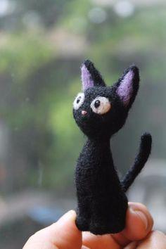 Needle Felted Cat, Needle Felting Kits, Needle Felted Animals, Felt Animals, Wet Felting, Totoro, Felting Tutorials, Felt Cat, Cat Crafts