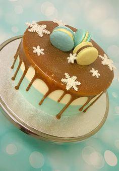 Purppurahelmen juhla- ja  fantasiakakut: gluteeniton kakku Macarons, Tiramisu, Panna Cotta, Pudding, Ethnic Recipes, Desserts, Food, Tailgate Desserts, Dulce De Leche
