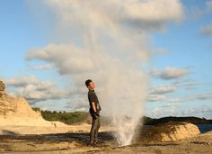 Pantai Klayar merupakan salah satu pantai yang unik. Di pantai ini terdapat spot air mancur alami yang keluar dari sela-sela karang
