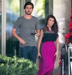 Kourtney Kardashian Chows Down in Miami — Take That, Scott! (PHOTOS)