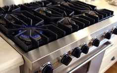 Avail the cooktop repair services in Houston with the help of Midtownhoustonapplianceservice, as we are providing the best repair services for all kitchen appliances Miele Dishwasher, Clean Dishwasher, Appliance Sale, Appliance Repair, Home Warranty, Diy Kitchen, The Help, Oven, Kitchen Appliances
